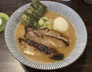 新所沢のラーメン「こてつ」の特製らーめんを実食!