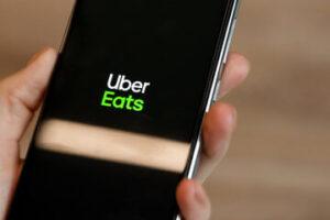 Uber Eats(ウーバーイーツ)はどんなサービス?